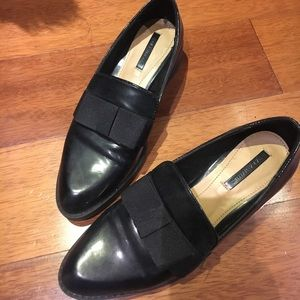 Zara point toe shoes